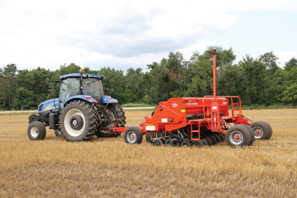 Kuhn | 5200 Grain Drill | Model 5200-30 Pull-Type Folding for sale at Western Implement
