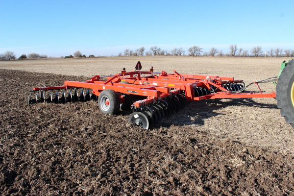 Kuhn | 7305 Tandem | Model 7305-27W for sale at Western Implement