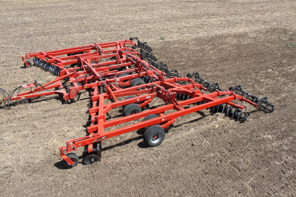 Kuhn | 8215 Tandem | Model 8215-36NQF for sale at Western Implement