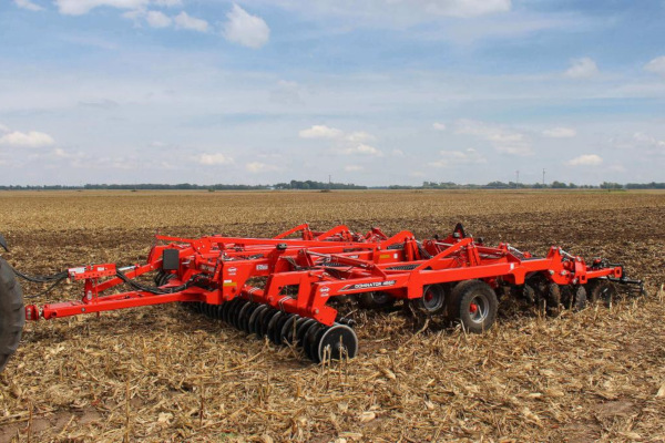 Kuhn DOMINATOR 4860-7 for sale at Western Implement, Colorado