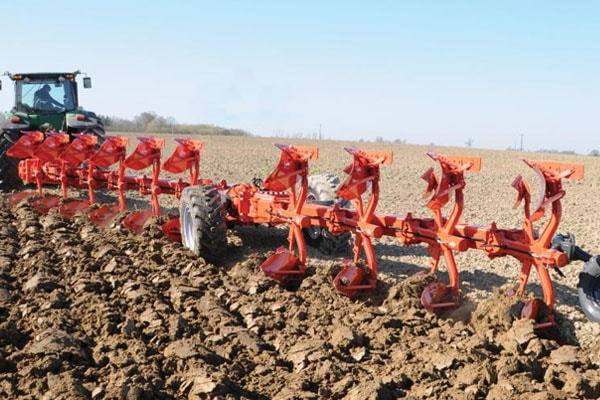Kuhn CHALLENGER NSH - 10 bodies for sale at Western Implement, Colorado
