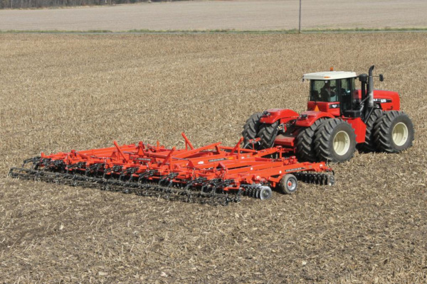 Kuhn | Excelerator® 8005 | Model EXCELERATOR 8005-20 for sale at Western Implement, Colorado
