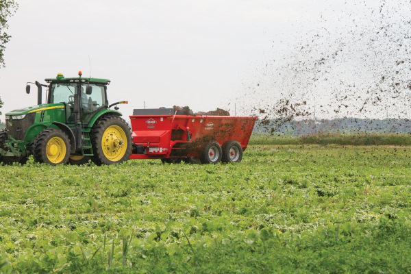Kuhn-ManureSpreaders-2019.jpg
