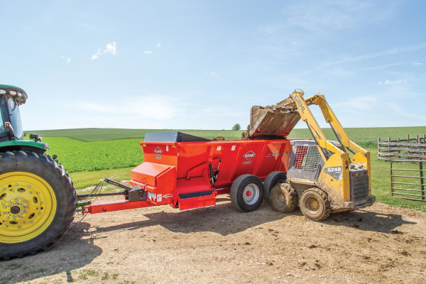 Kuhn Knight | SL 100 Series | Model SL 124 for sale at Western Implement