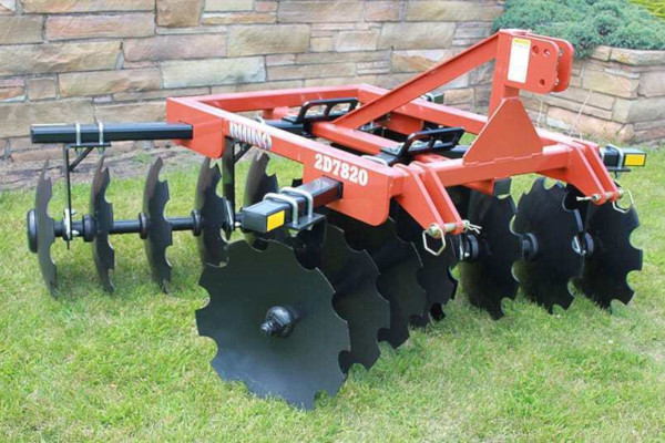 Rhino | Lift-Type Compact Disc Harrows | Model 3D118 for sale at Western Implement