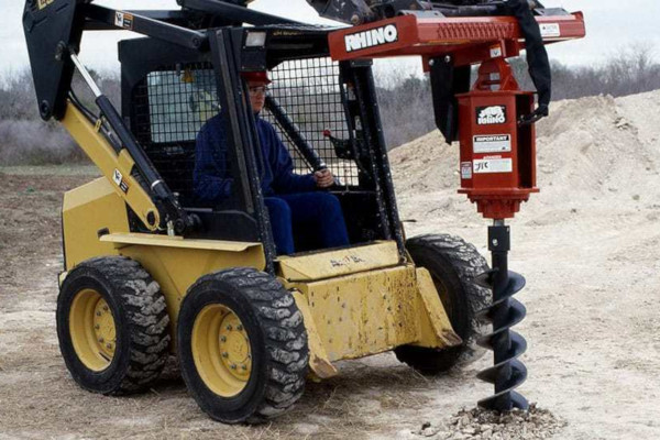 Rhino | Hydraulic Drive | Model H200 for sale at Western Implement