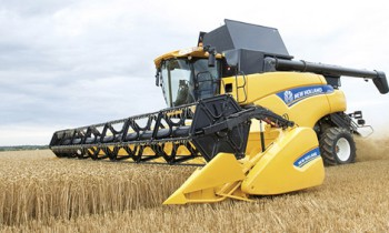 CroppedImage350210-newholland-direct-cut-auger-heads-2.jpg