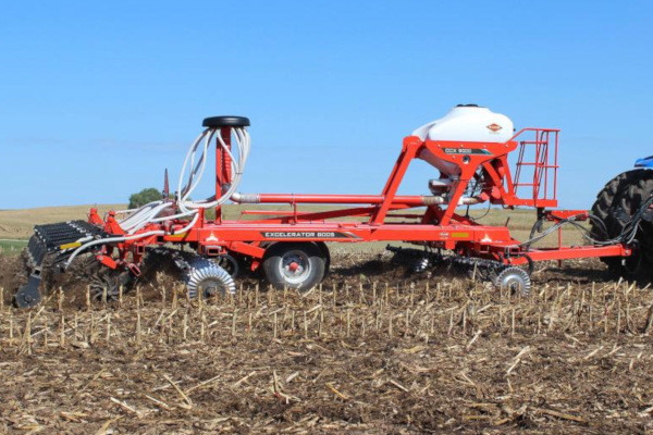 Kuhn | CCX 9000 | Model CCX 9000-21 / 8005-25 for sale at Western Implement
