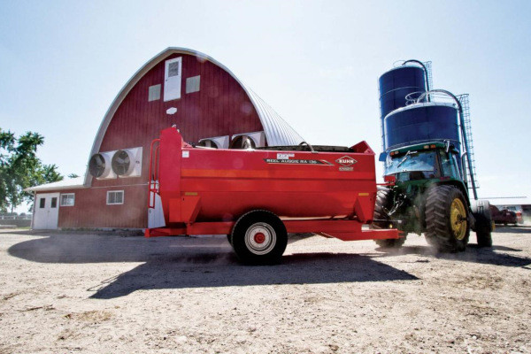 Kuhn Knight | RA 100 Series | Model RA 136 Trailer for sale at Western Implement